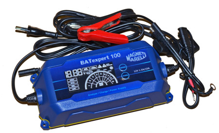 Battery Charger BAT 100 10 A with LCD